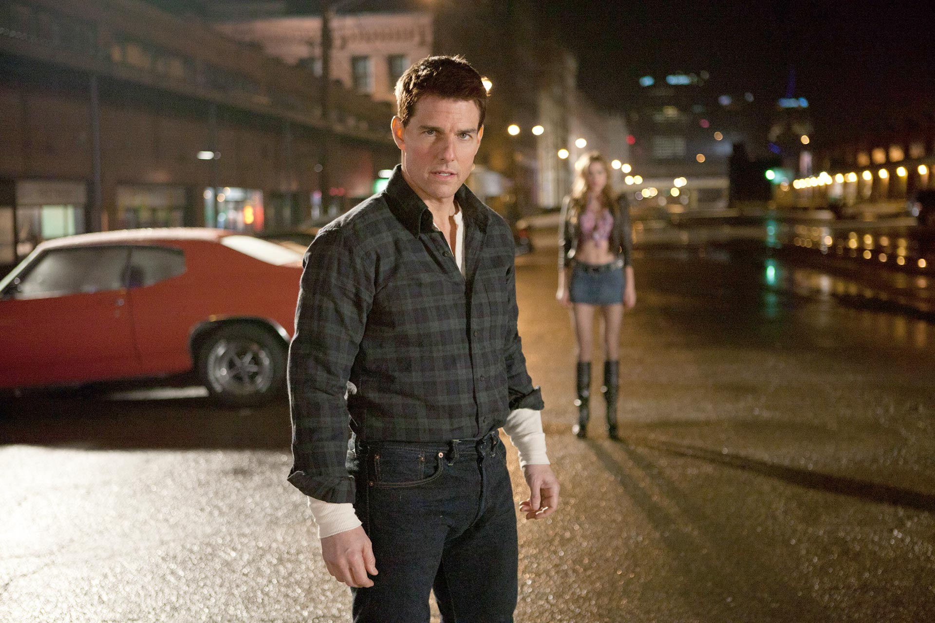 Tom Cruise JACK REACHER.jpg