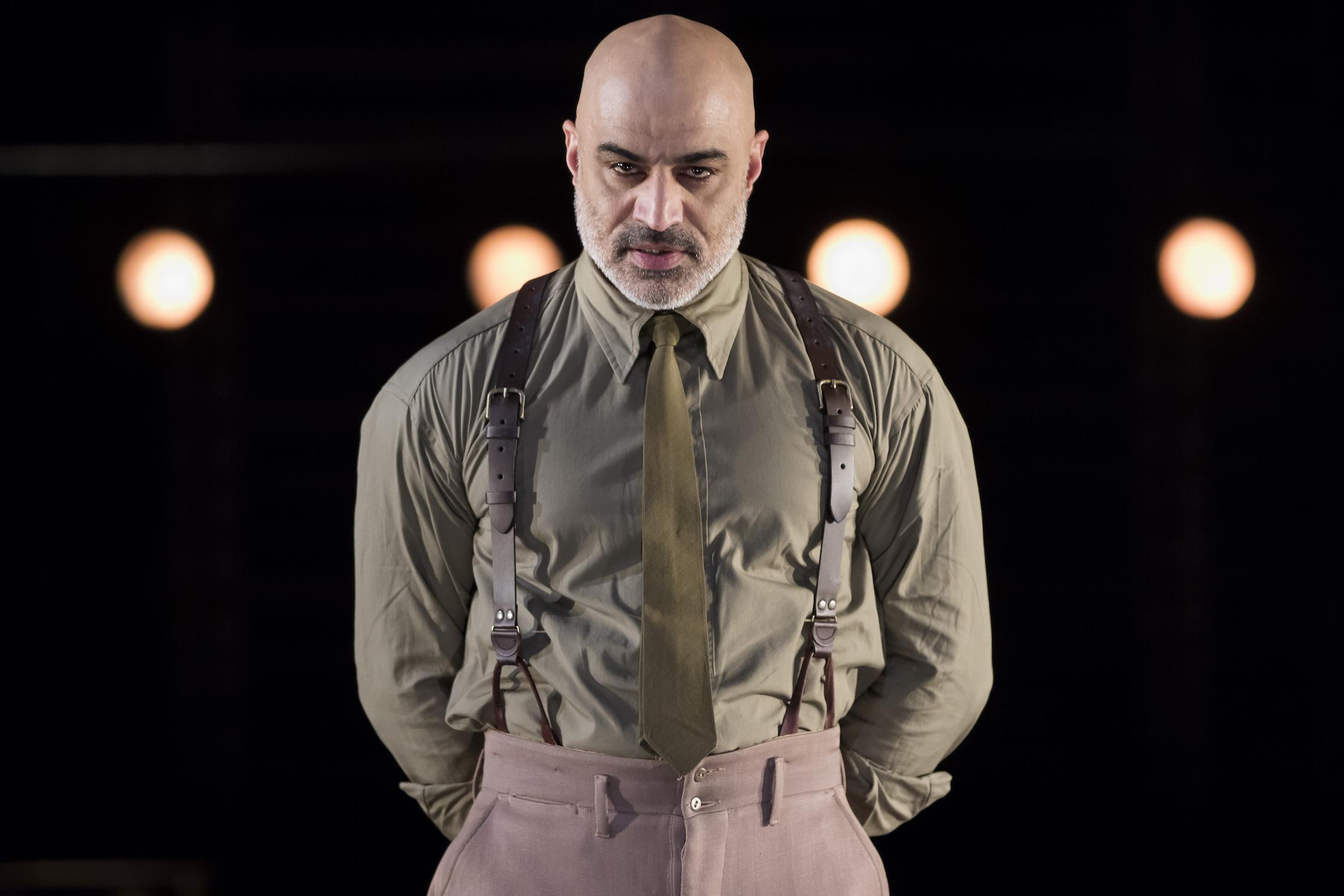 Screen veteran Faran Tahir in  Othello  at The Shakespeare Theatre. (Scott Suchman)