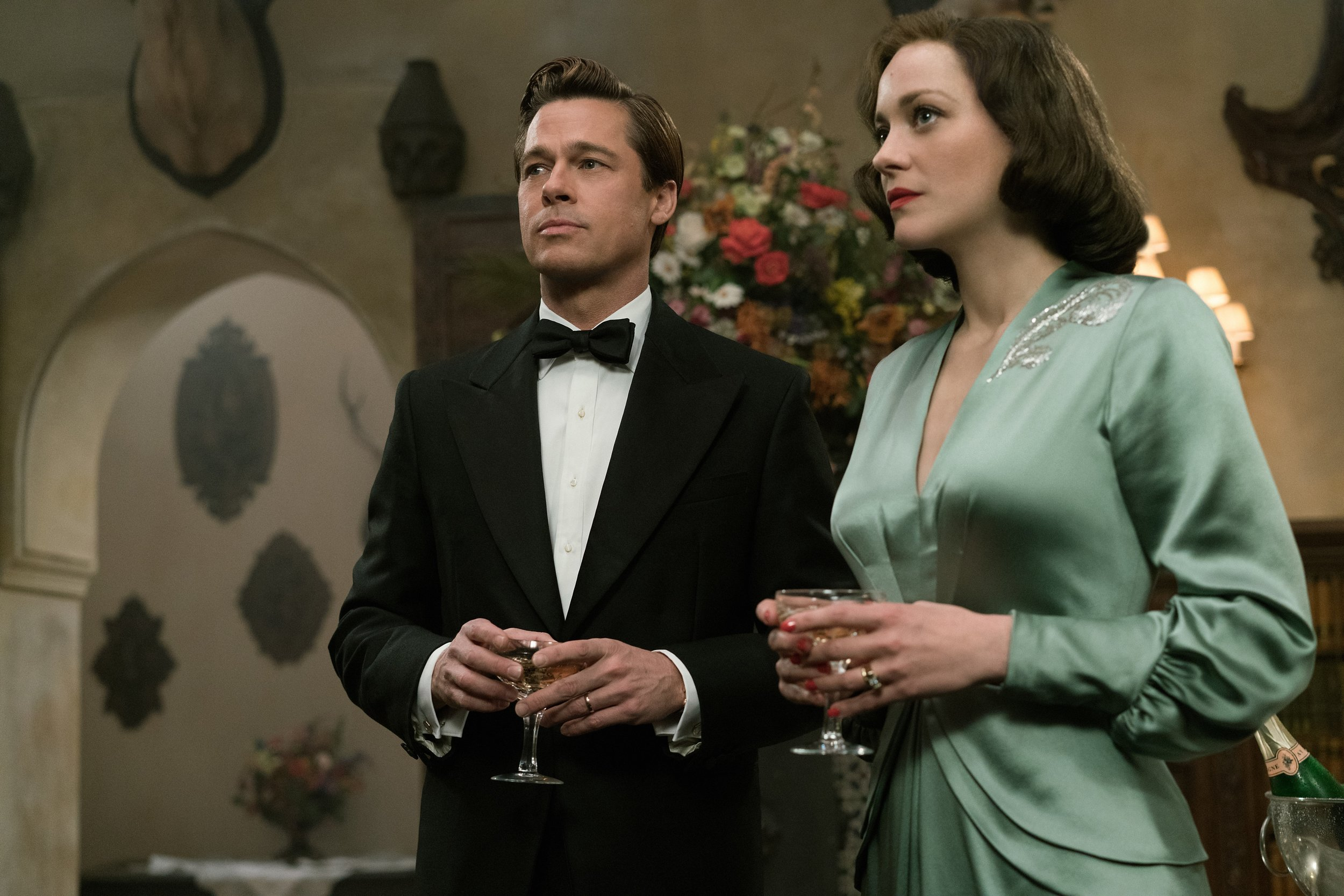 Brad Pitt and Marion Cotillard as glamorous spies in  Allied.  (Paramount)