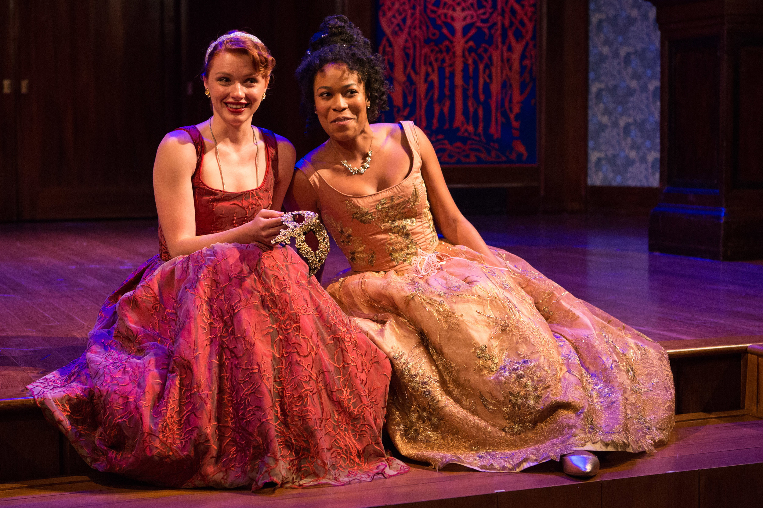 Lindsay Alexandra Carter and Antoinette Robinson as Rosalind and Celia, respectively.
