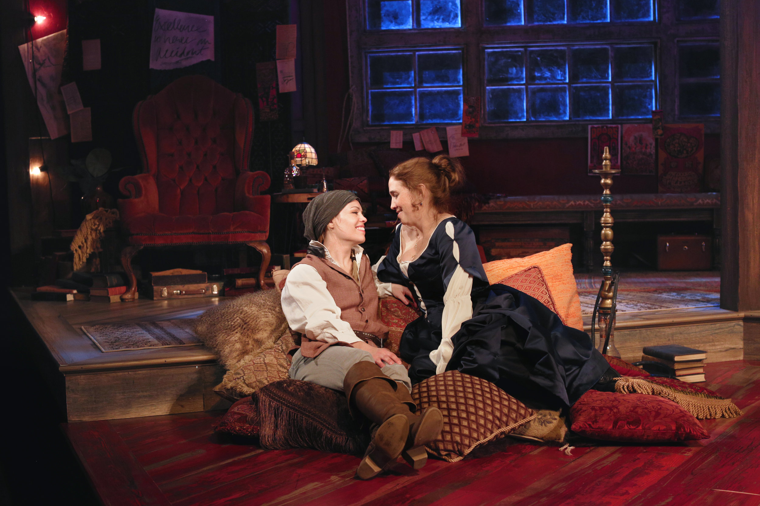 Erin Weaver and Holly Twyford (Grace Toulotte)