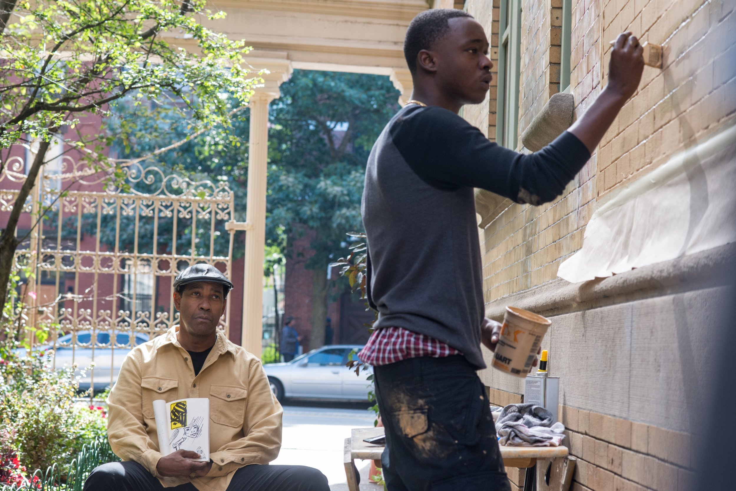 Denzel Washington and Ashton Sanders have a nice rapport in a bloody action movie.