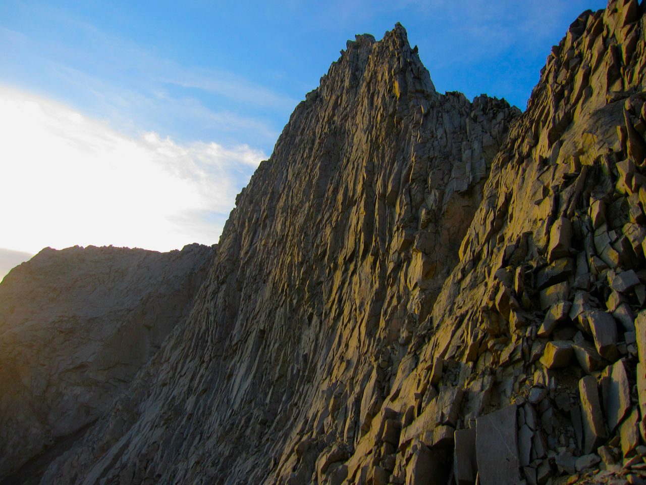 Vennacher Needle, south of Frozen Lake Pass, as seen from the descent of the pass at sunrise.