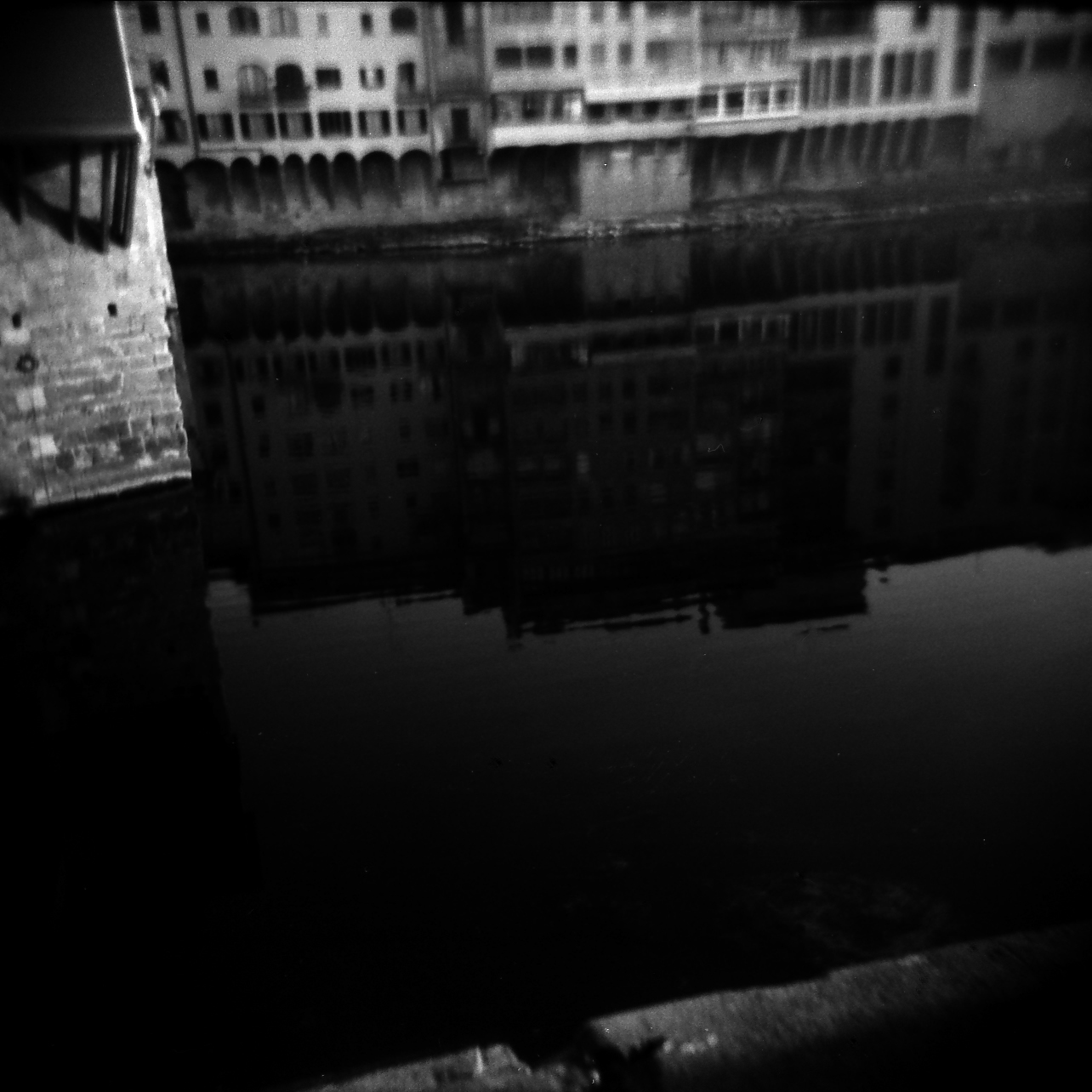 florence river reflect.jpg