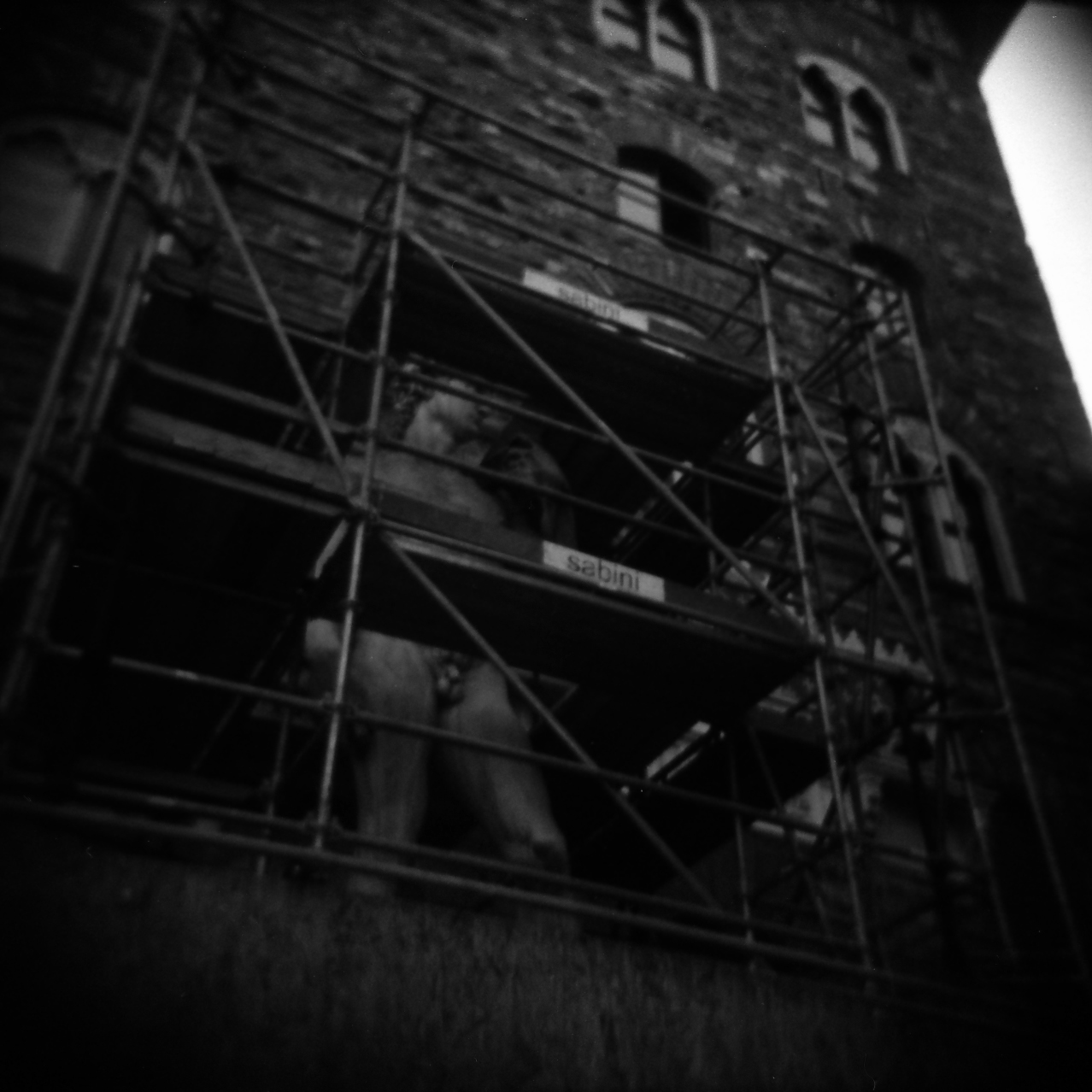 statue scaffold.jpg
