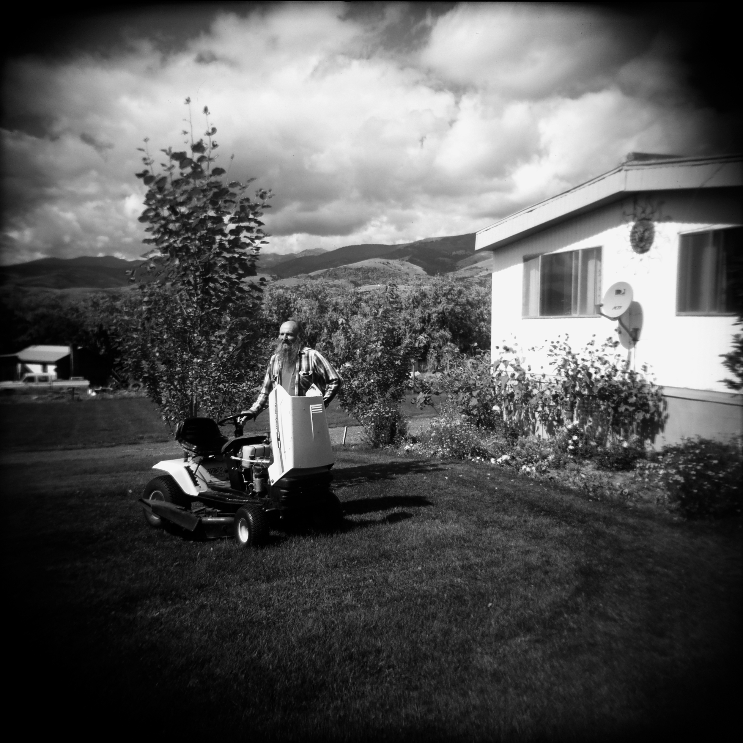 riding mower 3.jpg