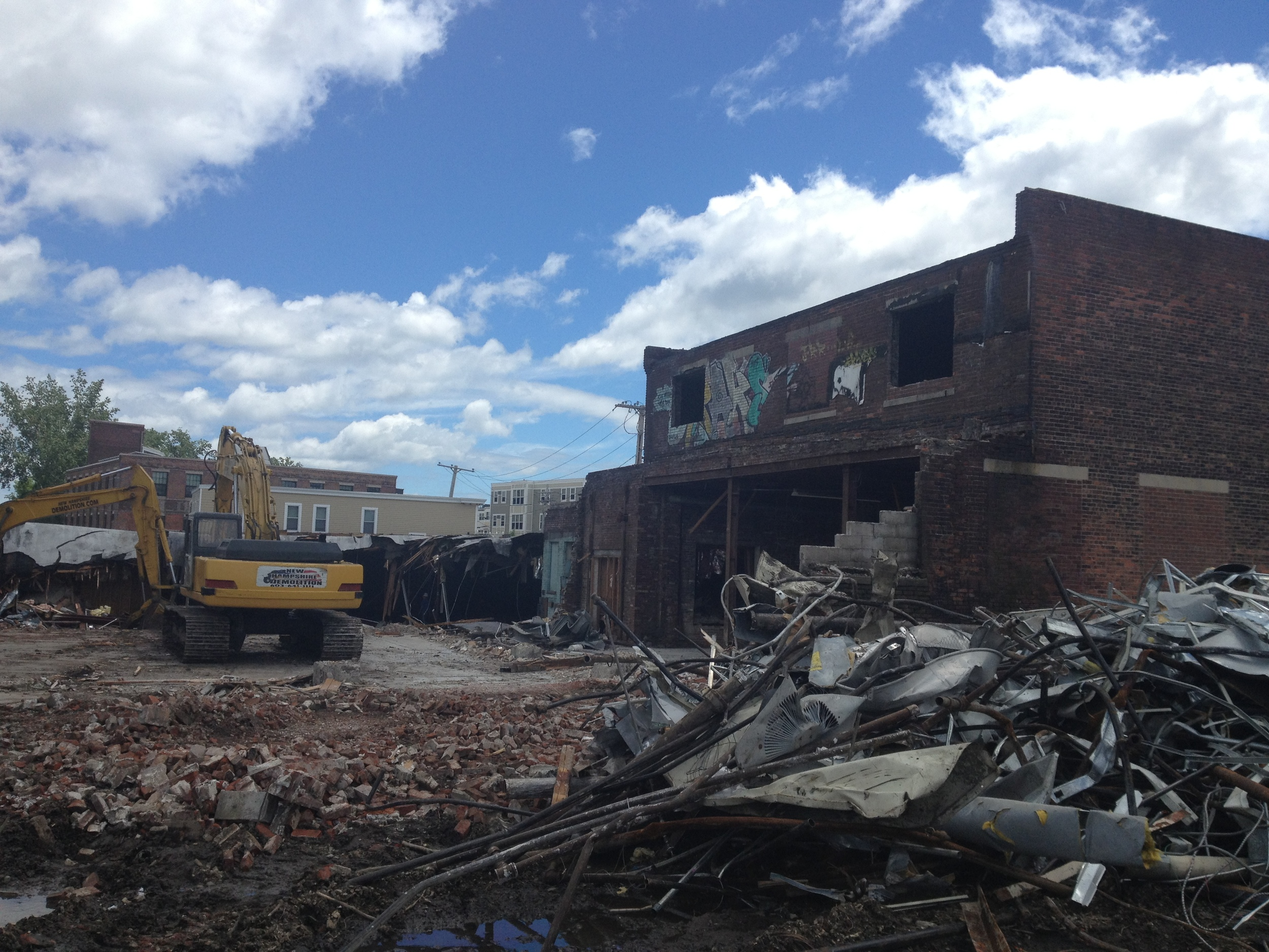 Demolition of existing warehouse to make way for The Chelsea Flats.