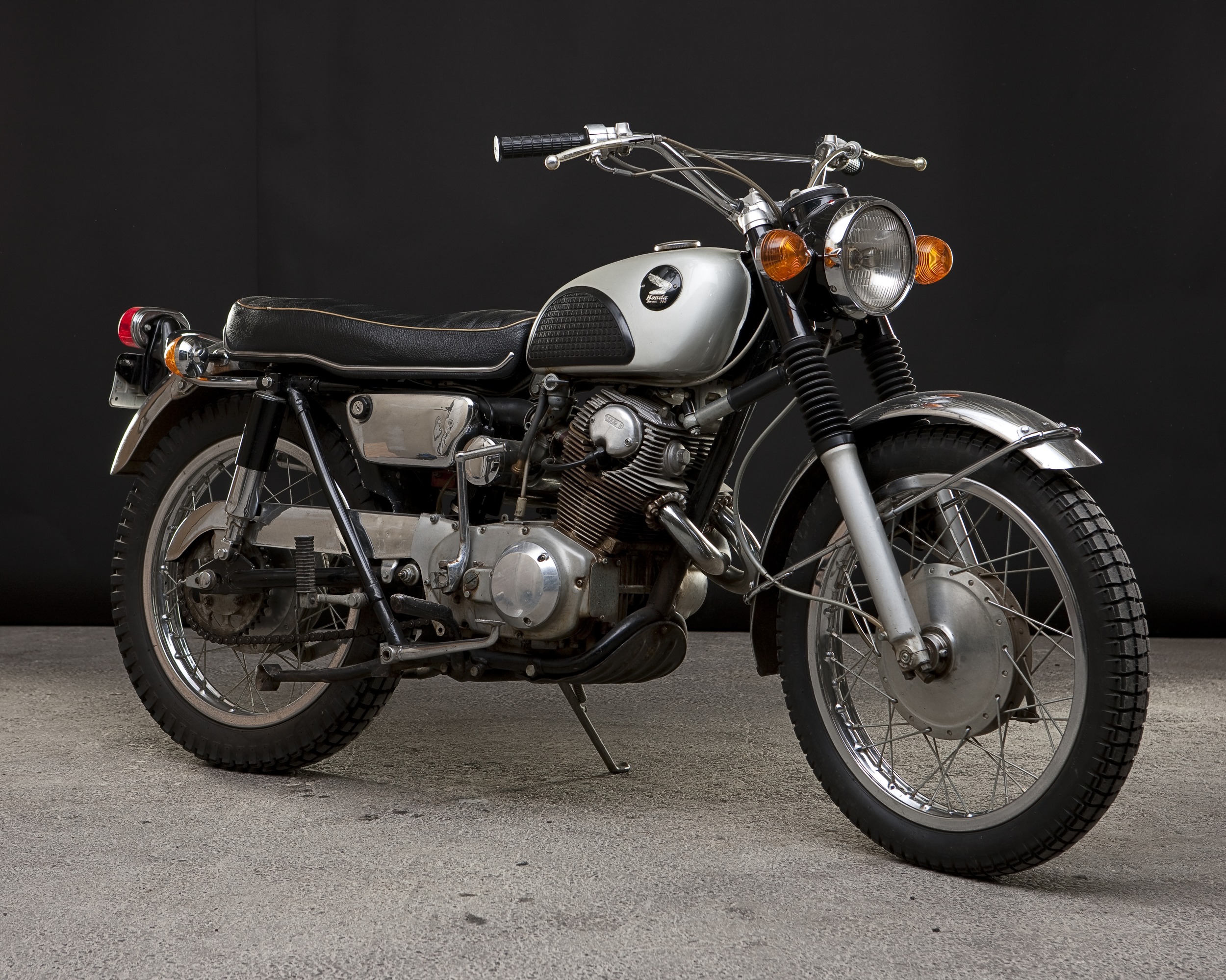 OneMotorcycle__0813.jpg