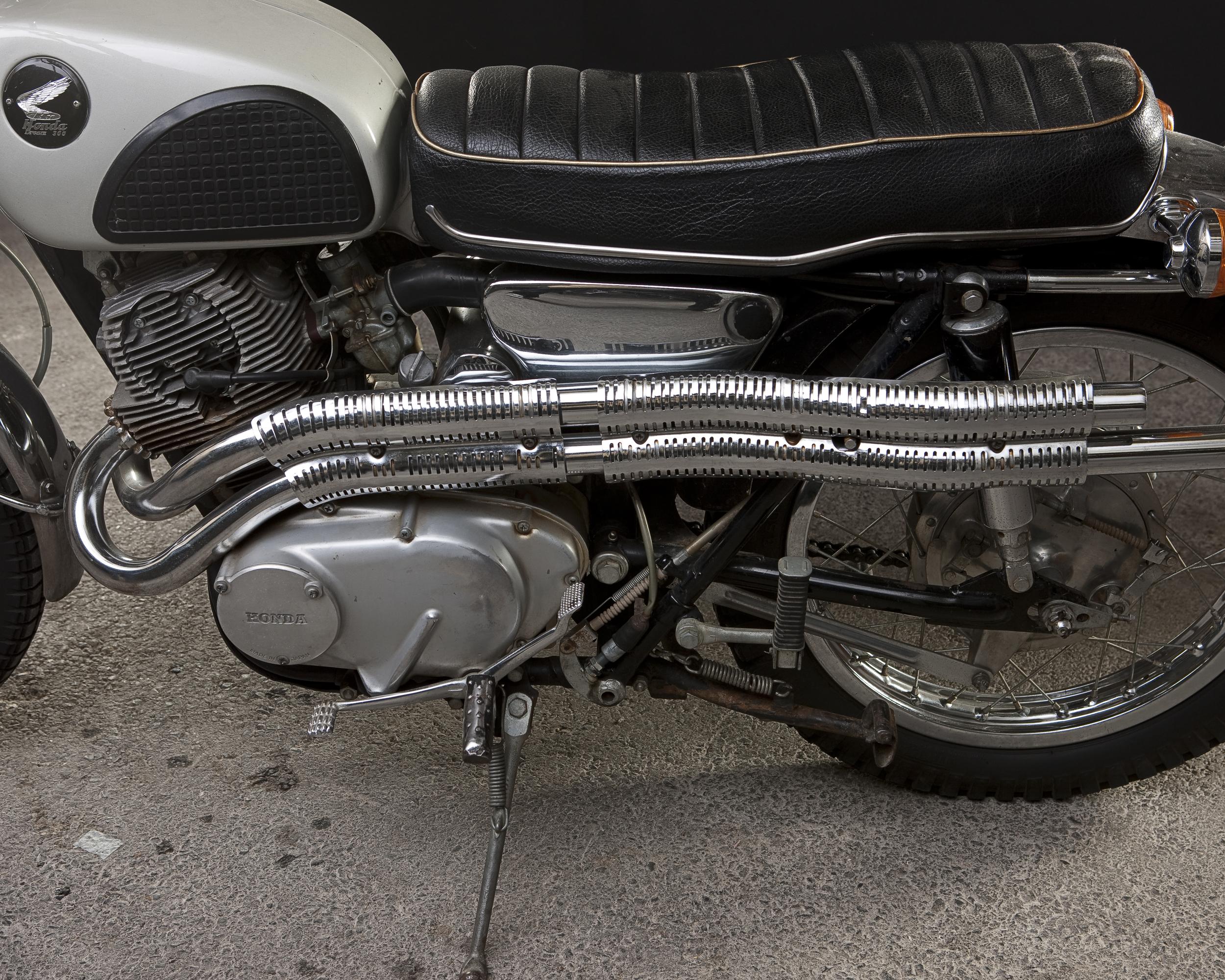 OneMotorcycle__0827.jpg
