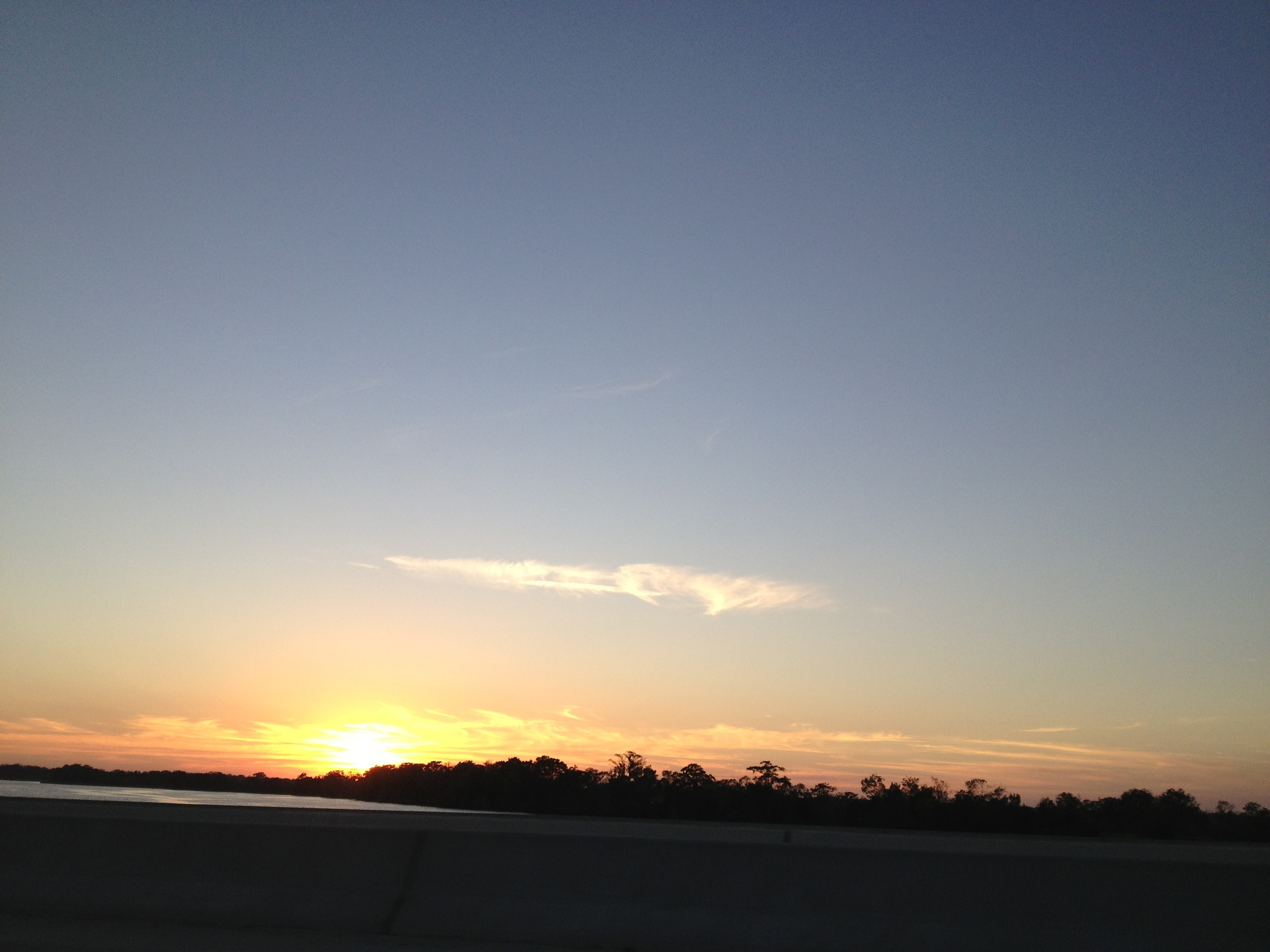 I-95 Sunset begins (80mph out the window)