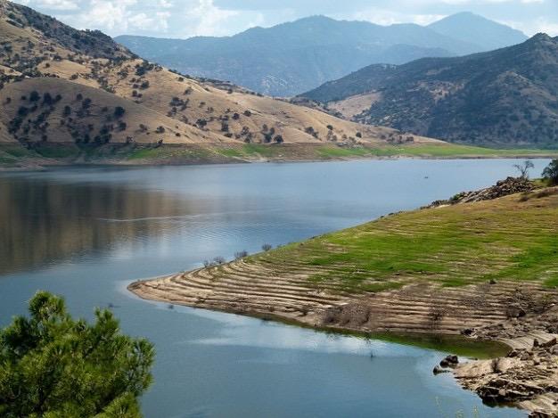 success-hills-usa-california-landscape-nature-lake_121-53177.jpg