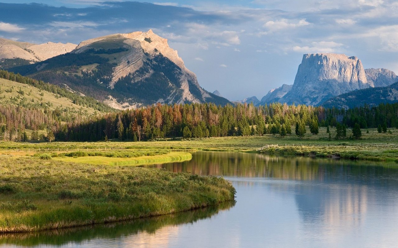 Square Top Mountain and the Green River Wyoming.jpg