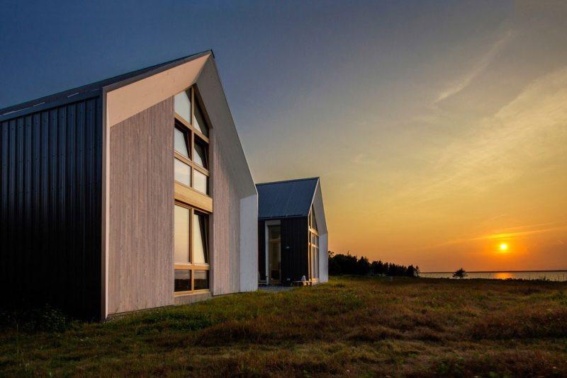 modern-beach-house-twins-800x534.jpg