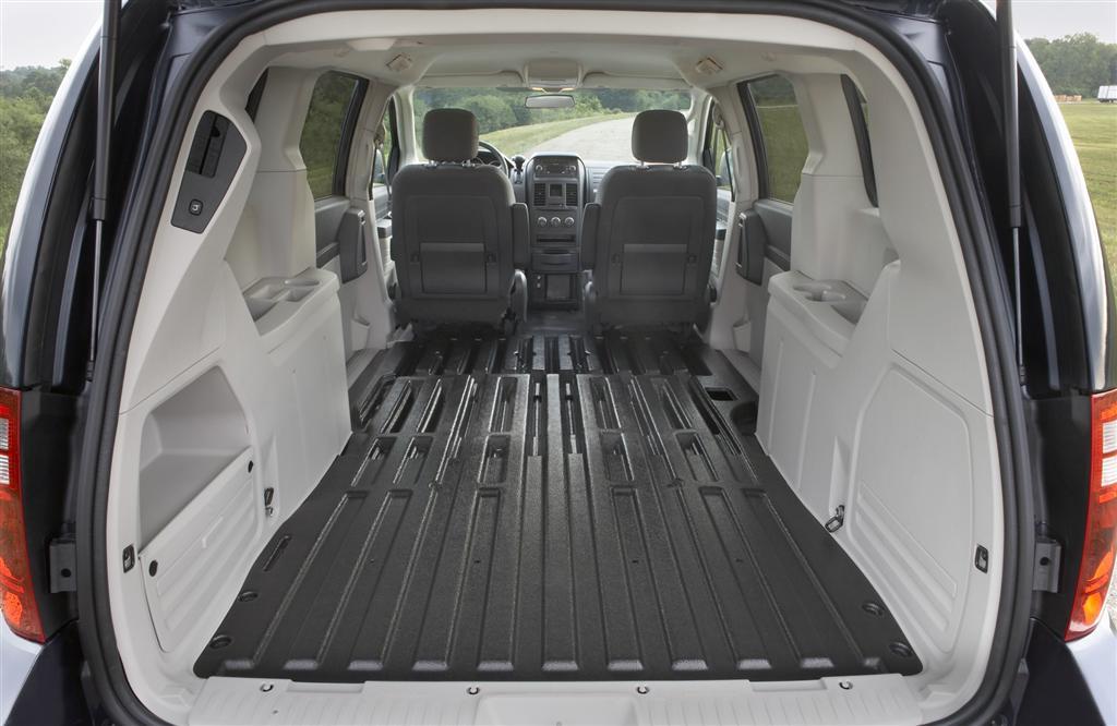 2010-Dodge-Grand_Caravan-Cargo-Van-Image-i01-1024.jpg