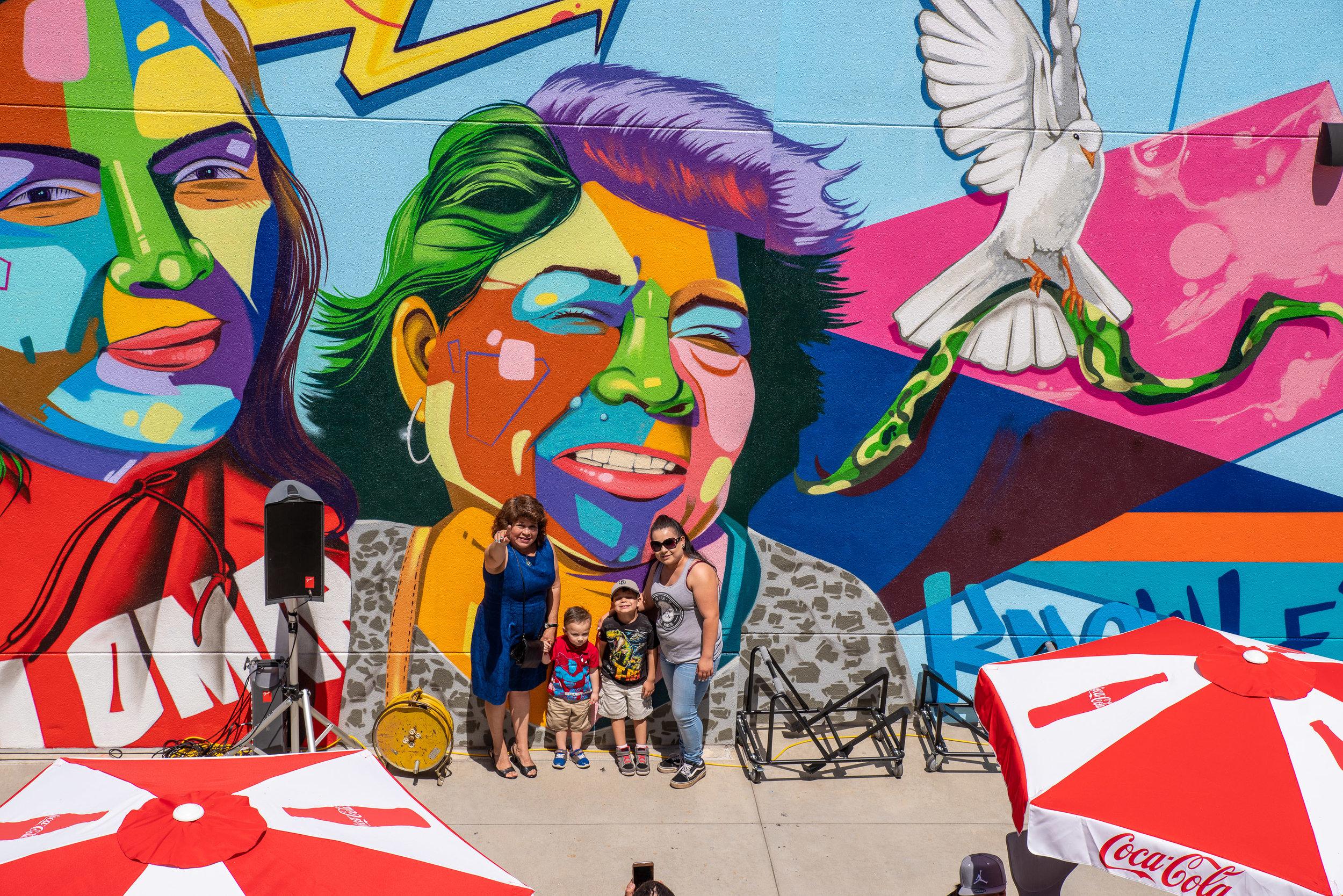 2019-05-14-man-one-mural-k-1-imgp2361_40898301243_o.jpg