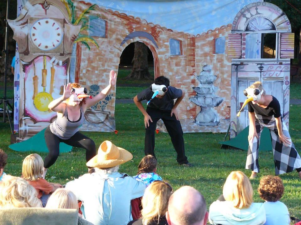 The Billy-Club Puppets/Los Titeres de Cachiporra   Juilliard Park, 2013