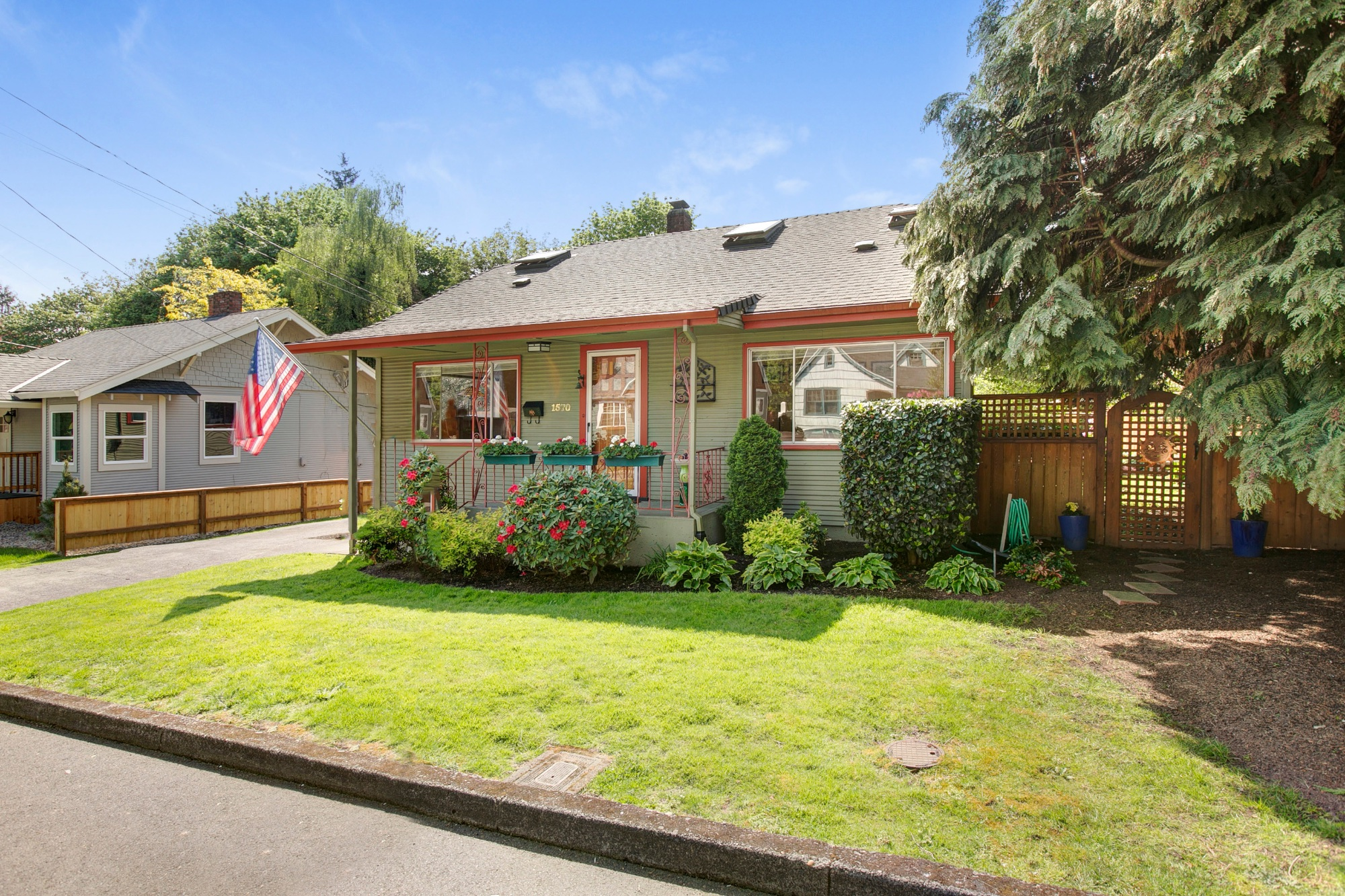 04_1570 Holly St., West Linn.jpg