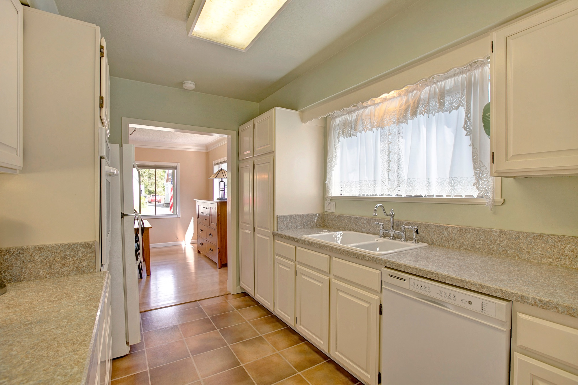 15_1570 Holly St., West Linn.jpg