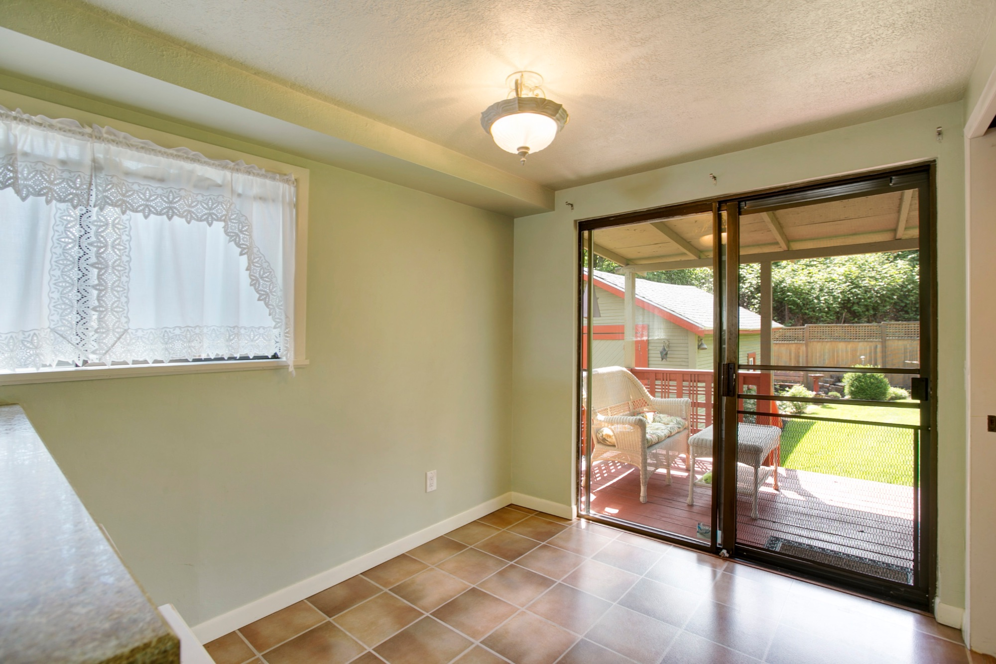17_1570 Holly St., West Linn.jpg