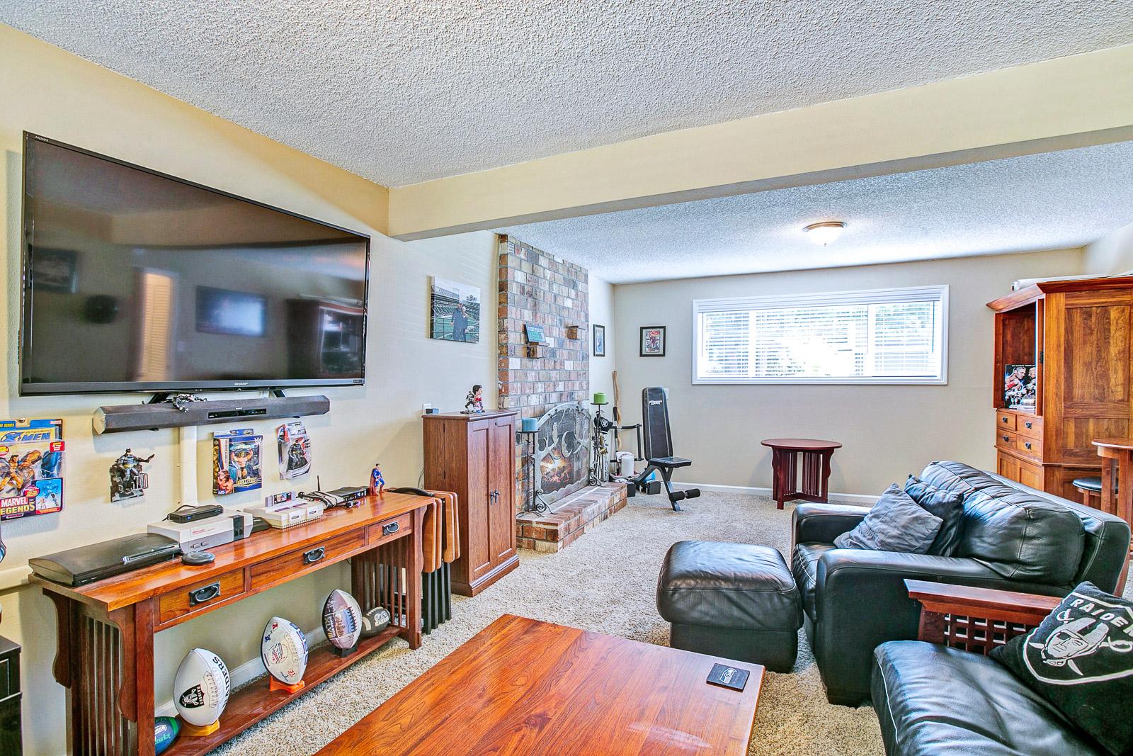 25_2208 SE 134th Ave., Vancouver_5675.jpg