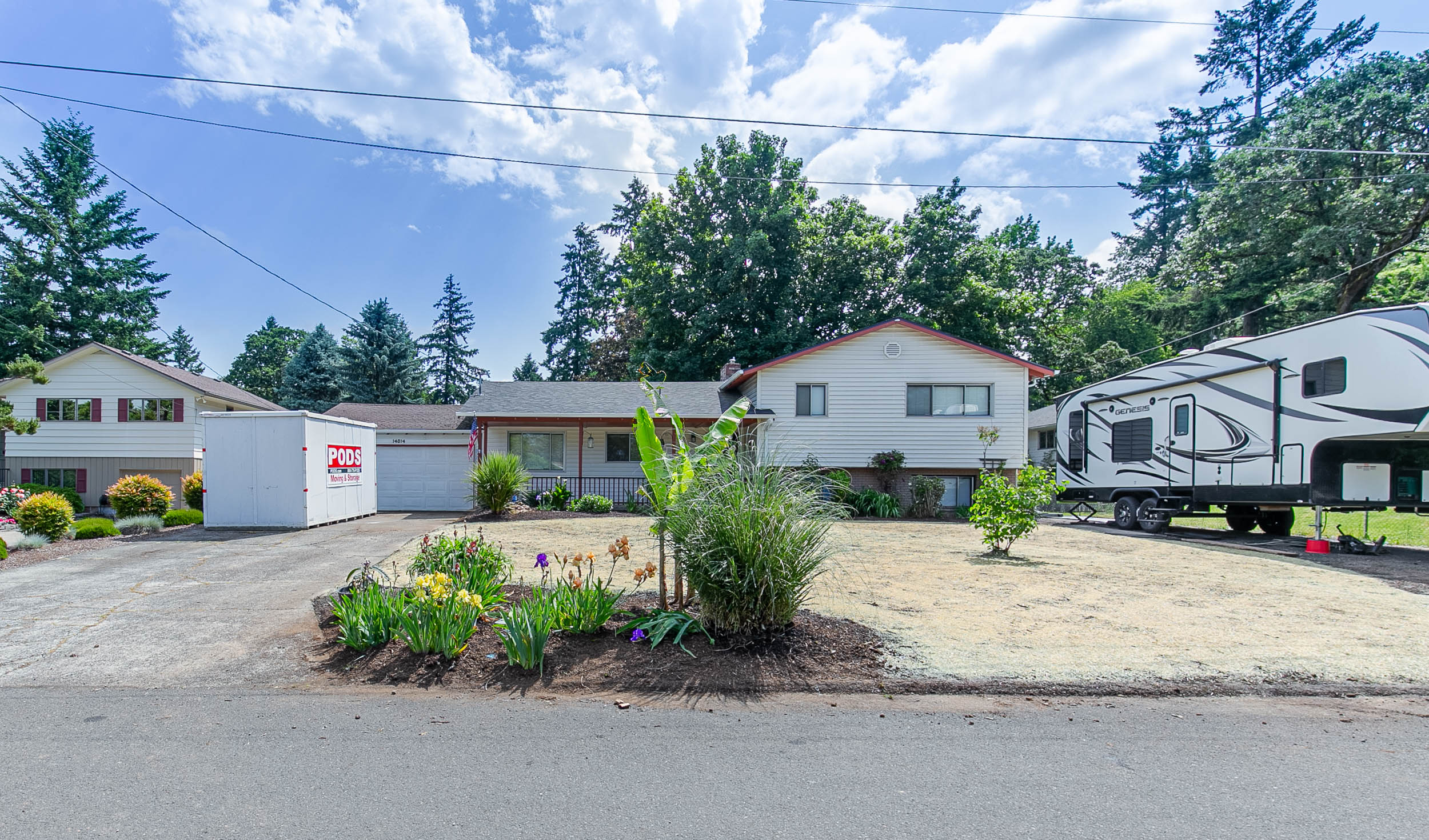 001_14014 SE Ash Ave Milwaukie_MG_7251-HDR.jpg