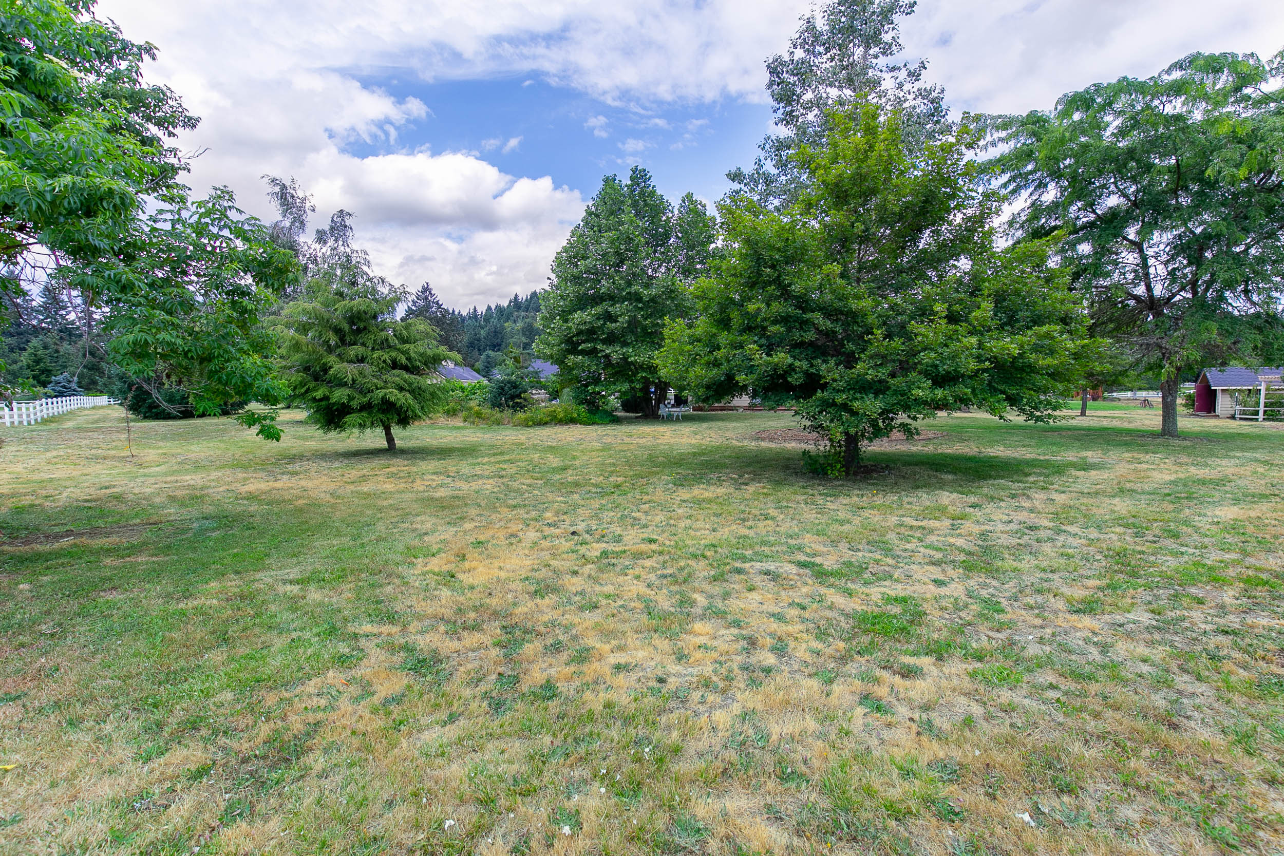 059_78376 Meadow Park Dr_MG_4431-HDR.jpg