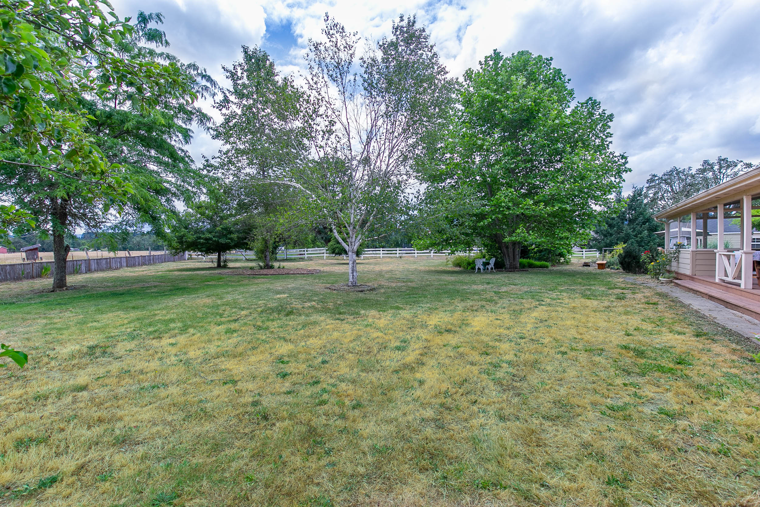 064_78376 Meadow Park Dr_MG_4456-HDR.jpg