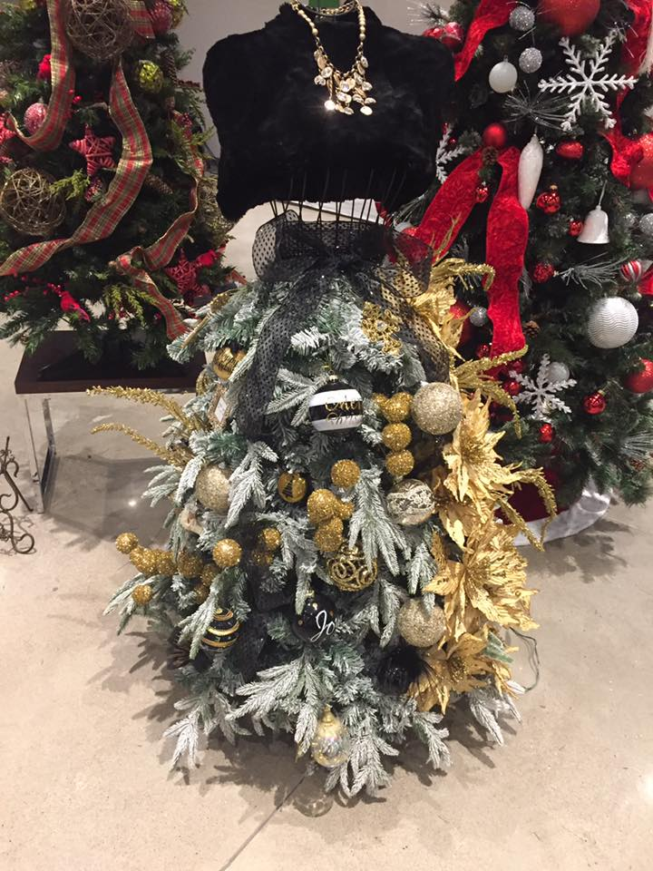 2016 safenet festival of trees.jpg