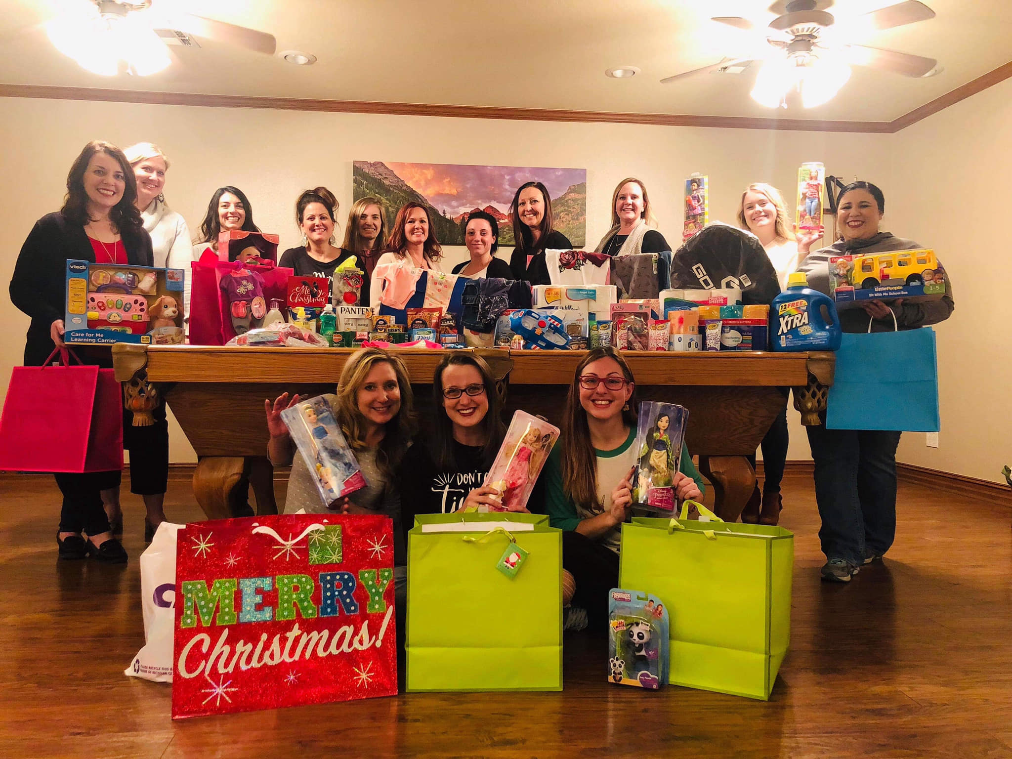 Local family Cmas gifts & food donation