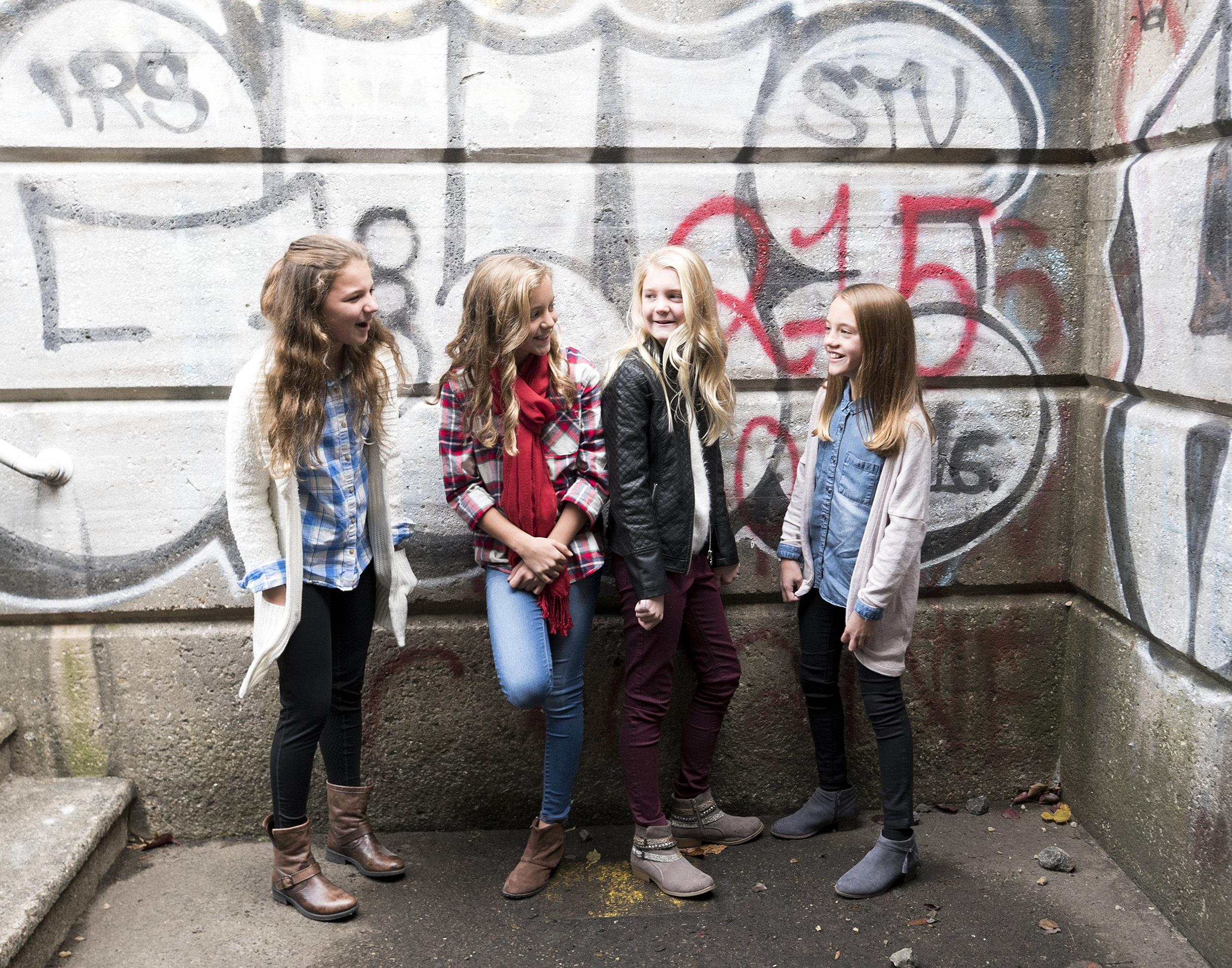 Girls_3065.jpg