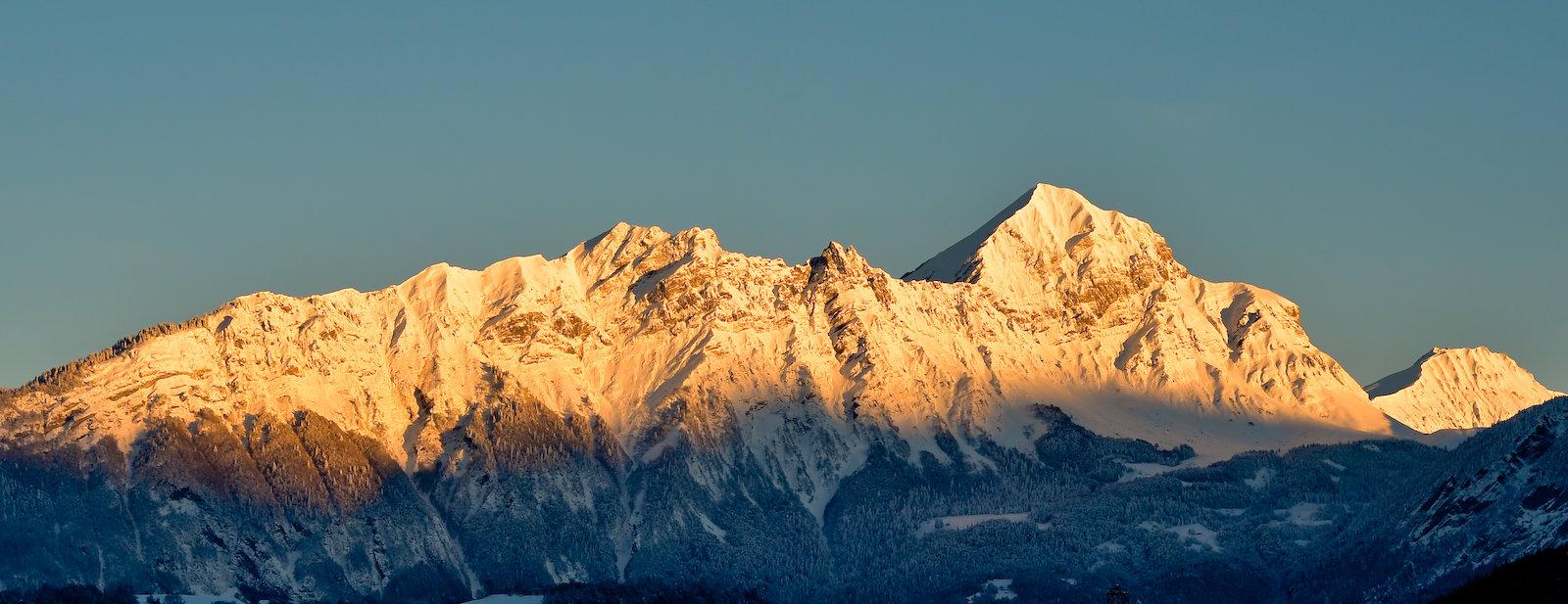 Mont Charvin, lever de soleil d'hiver