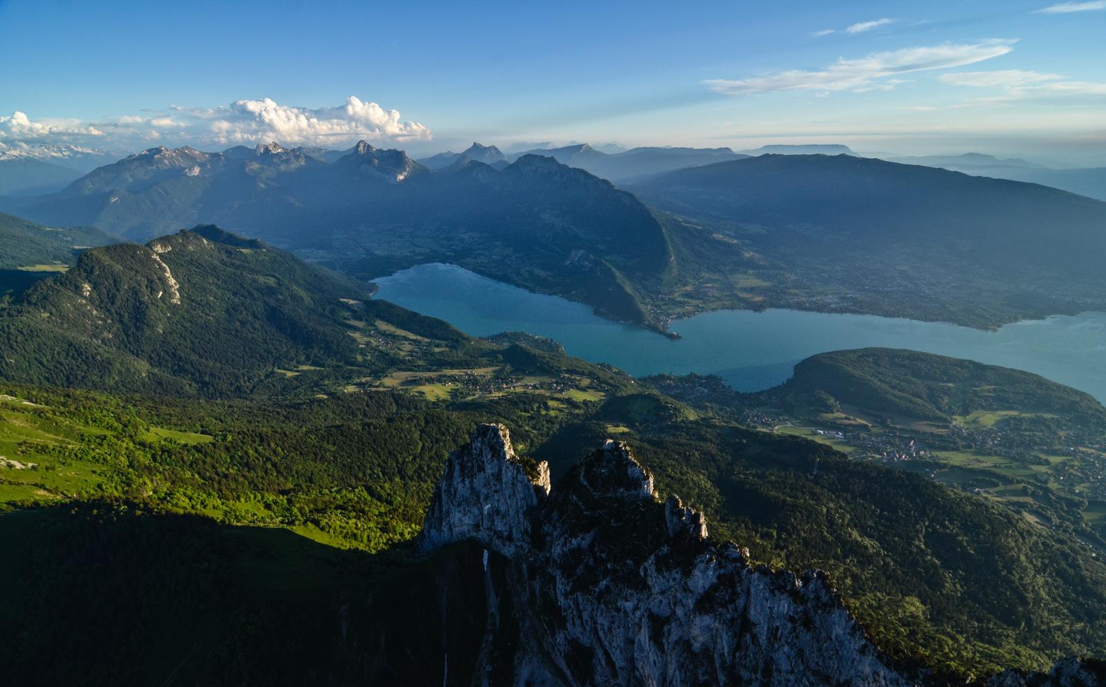 Lac d'Annecy, vu d'un ULM