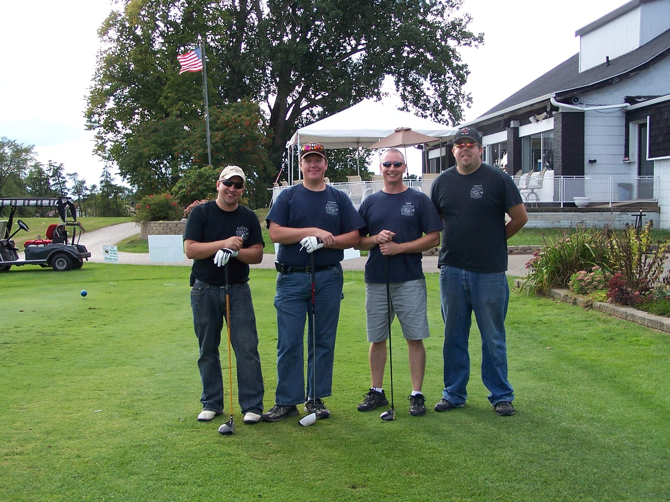 2012 CommFoundation golf.JPG