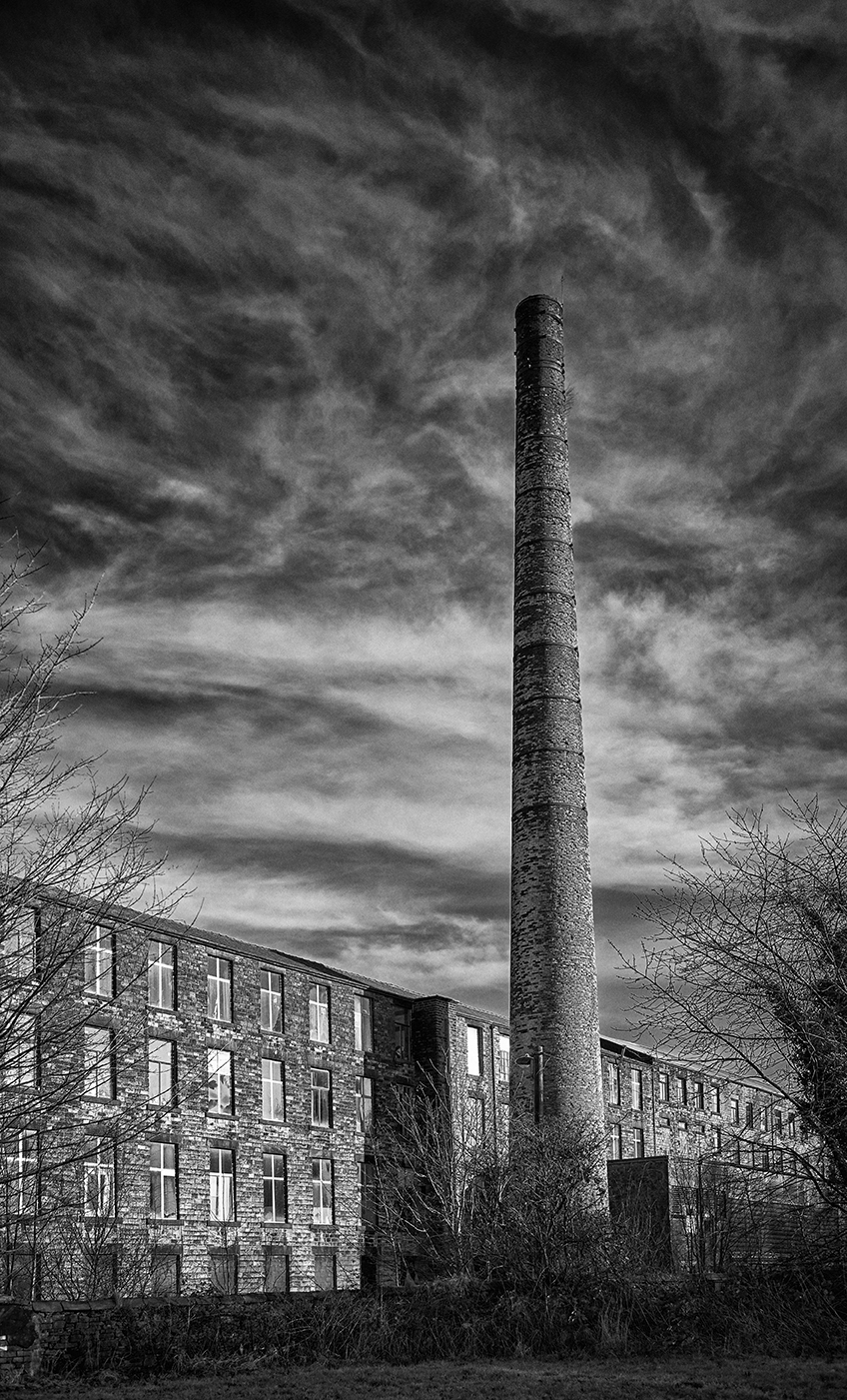 Woodend Mill Mossley.jpg