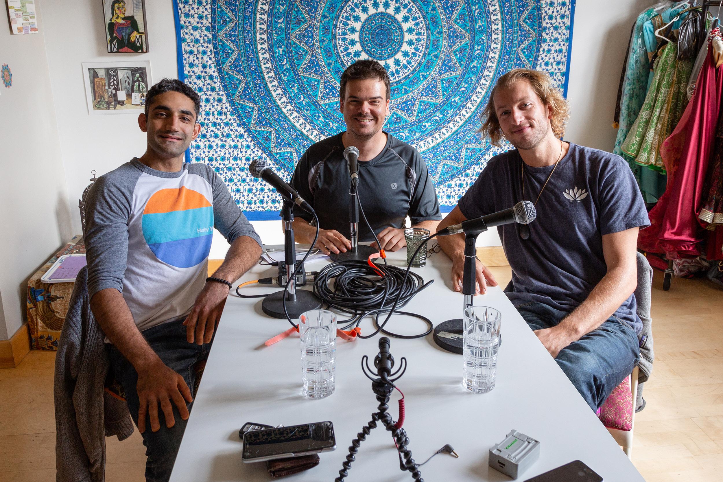 Pedro Bonatto talking to Anand Ondhia and Jesse Ratner-Decle at his home studio.
