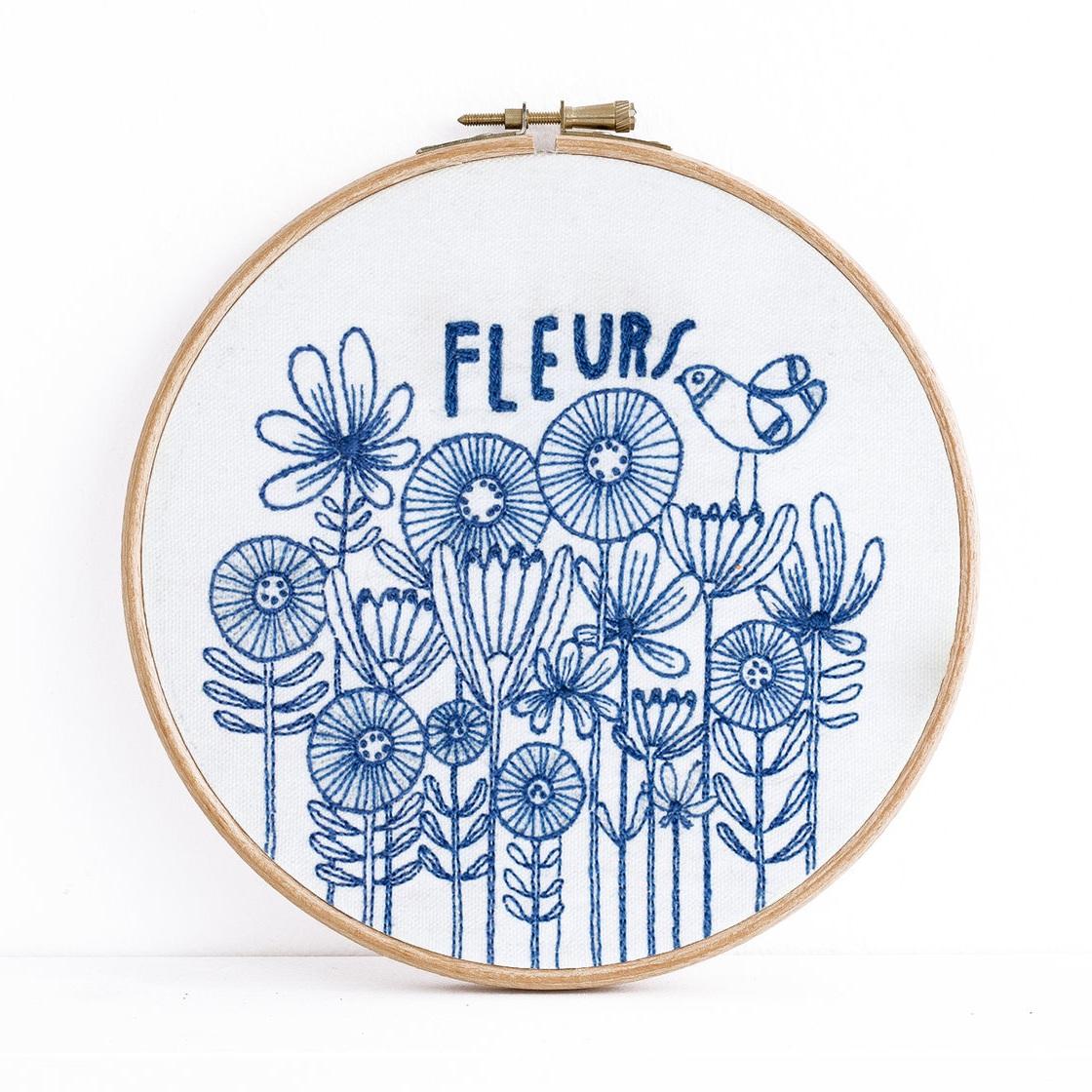 Fleurs+in+hoop_RGB.jpg