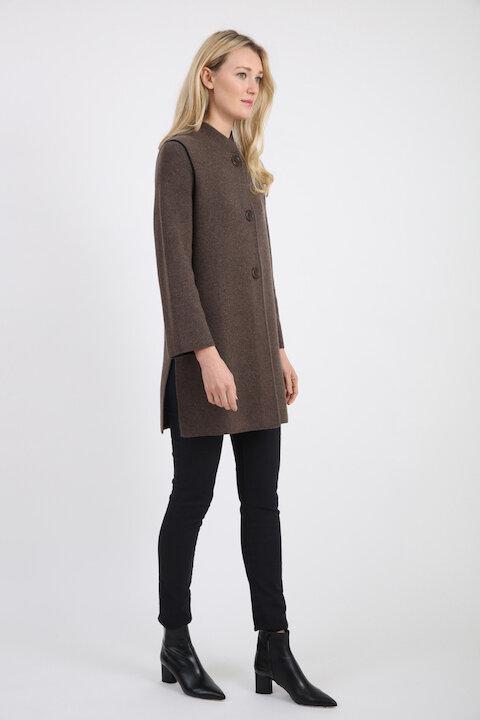 181102 brown h / black
