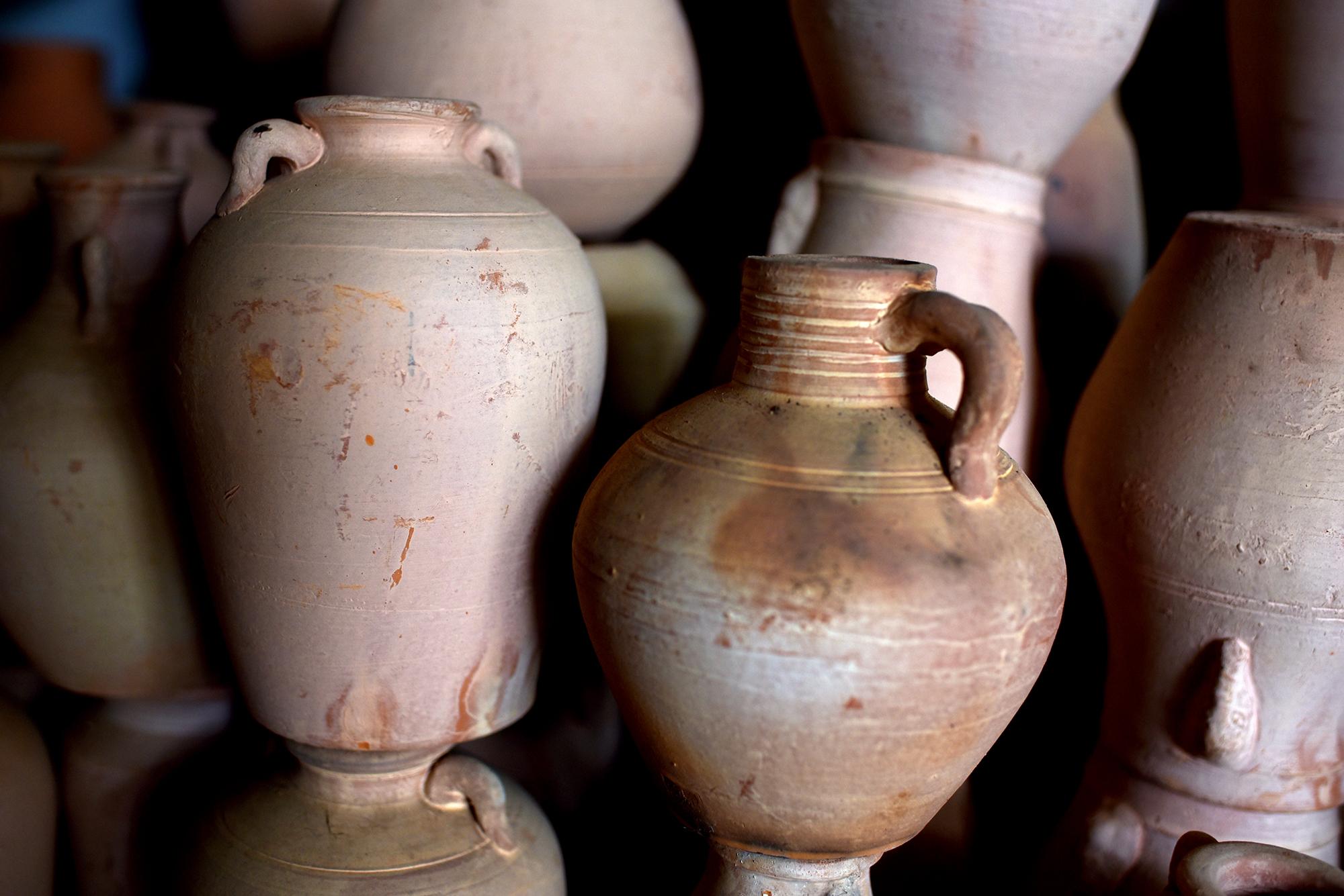 Pottery of Xia Yugu, Inheritor of ICH pottery, Cao Shi village, Jingzhou