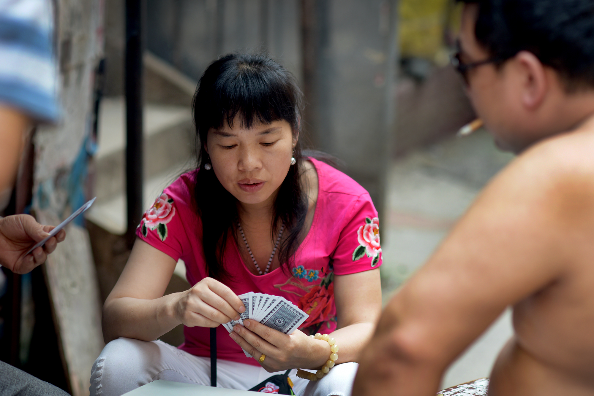 Alley card game