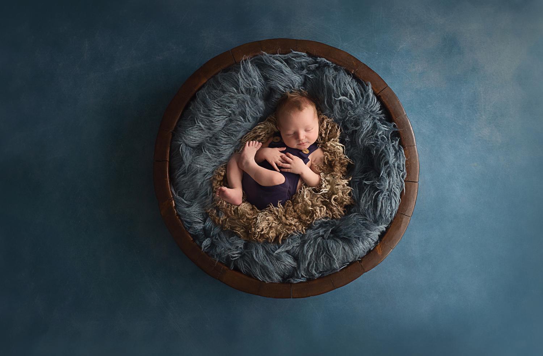 newborn-photography-baby-boy-bowl.jpg