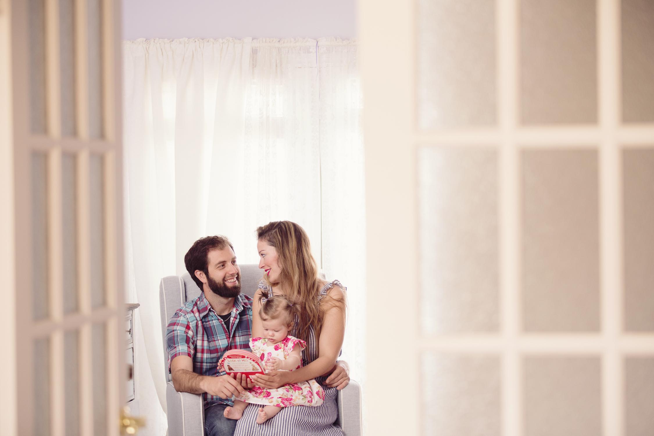 Sudbury-Photographer-Lifestyle-Portrait-family-baby-newborn