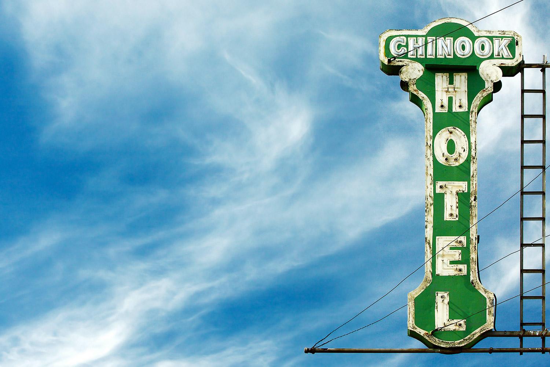 Chinook Hotel