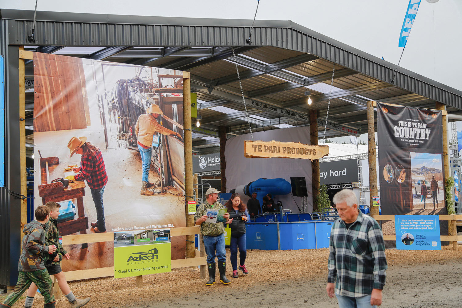 Agriculture-Photographer-Stock-Photos-in-Use-at-Farm-Trade-Show-01.jpg