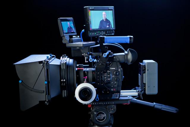 Canon C300_1.jpg