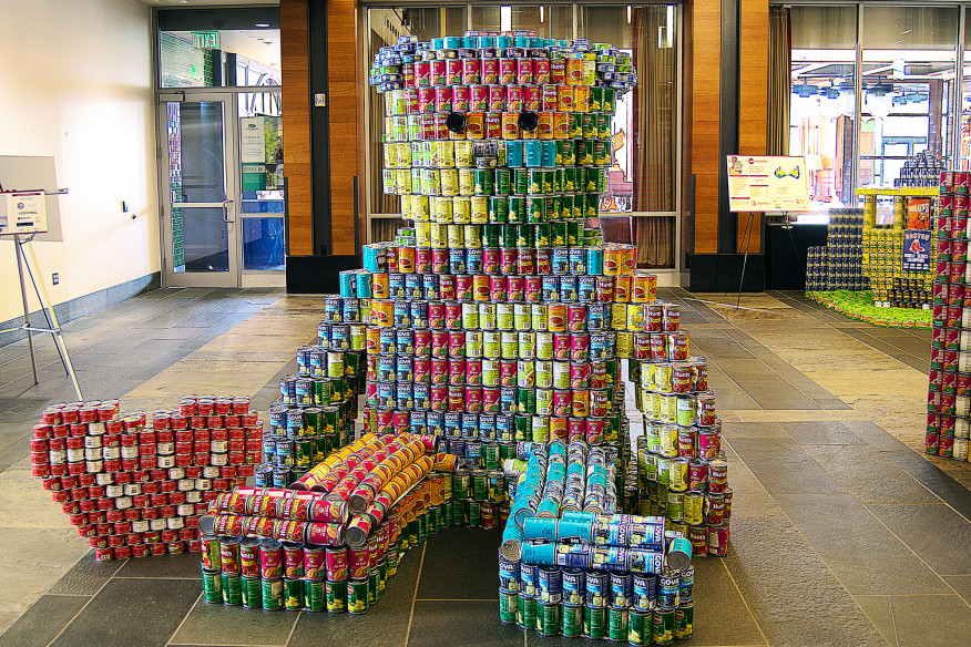 The Grateful Bean(ie)   2,905 cans, Boston Event 2015