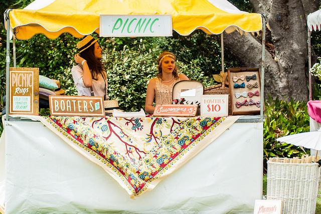 picnic girls.jpg