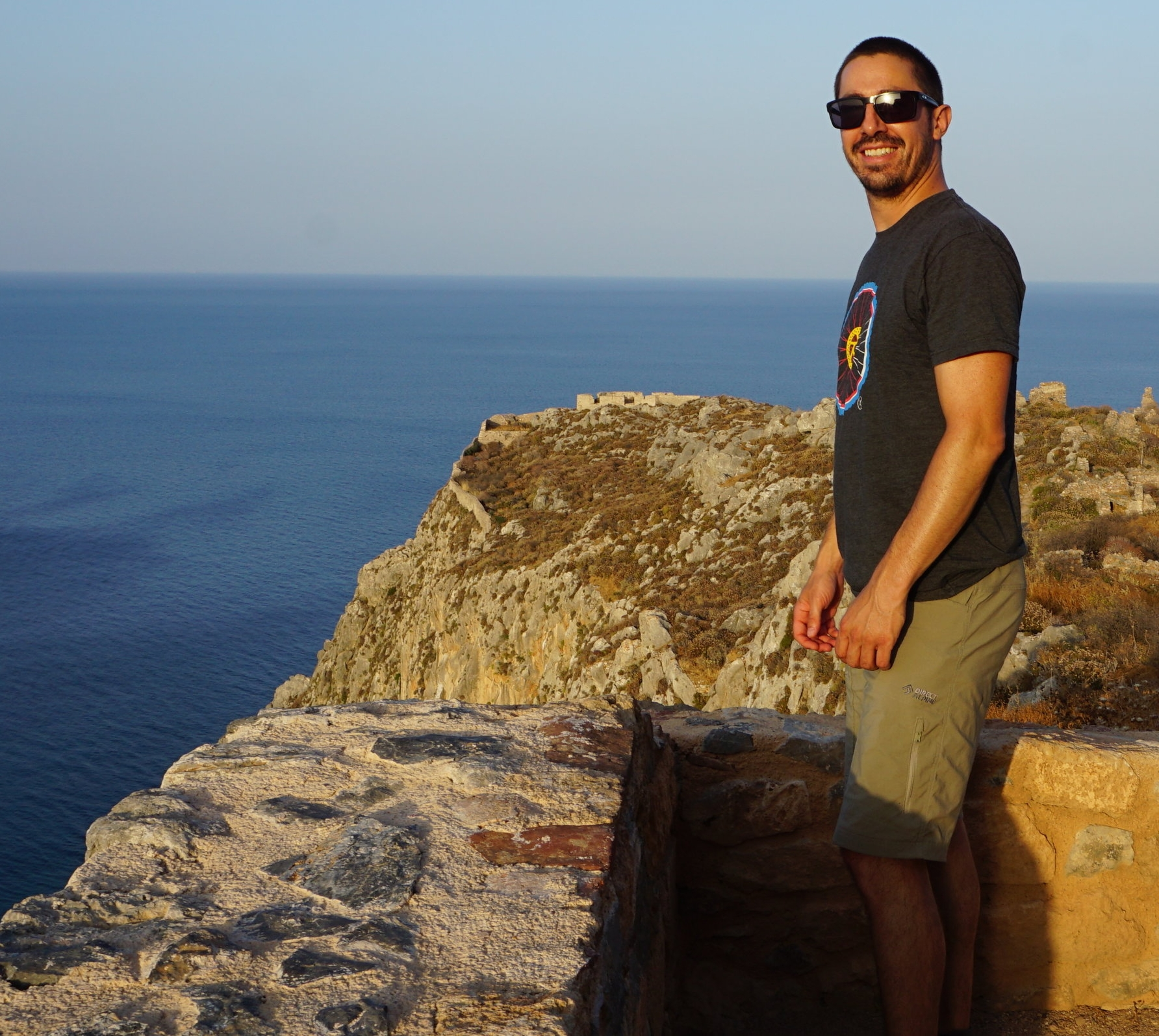 Roman Arguello - Assistant Professor SNSF, Department of Ecology & EvolutionGroup Leader, Swiss Inst. of Bioinformaticsroman.arguello@unil.chBrief CV [full CV]July 2018 - presentAssistant Professor, Department of Ecology and Evolution, University of Lausanne, Switzerland2012-2018Postdoc, University of Lausanne's Center for Integrative Genomics, Prof. Richard Benton's group,2008-2012Postdoc, Cornell University's Department of Molecular Biology and Genetics, Prof. Andrew Clark's group2002-2008PhD student, University of Chicago's Committee on Evolutionary Biology, Prof. Manyuan Long's groupSummer 2007JSPS Visiting Student in Prof. Hideki Innan Lab, Graduate University for Advanced Studies, Japan2000-2002Undergraduate Research Assistant in Prof. Stevan J. Arnold Lab, Oregon State University1997-2002BSc Oregon State University