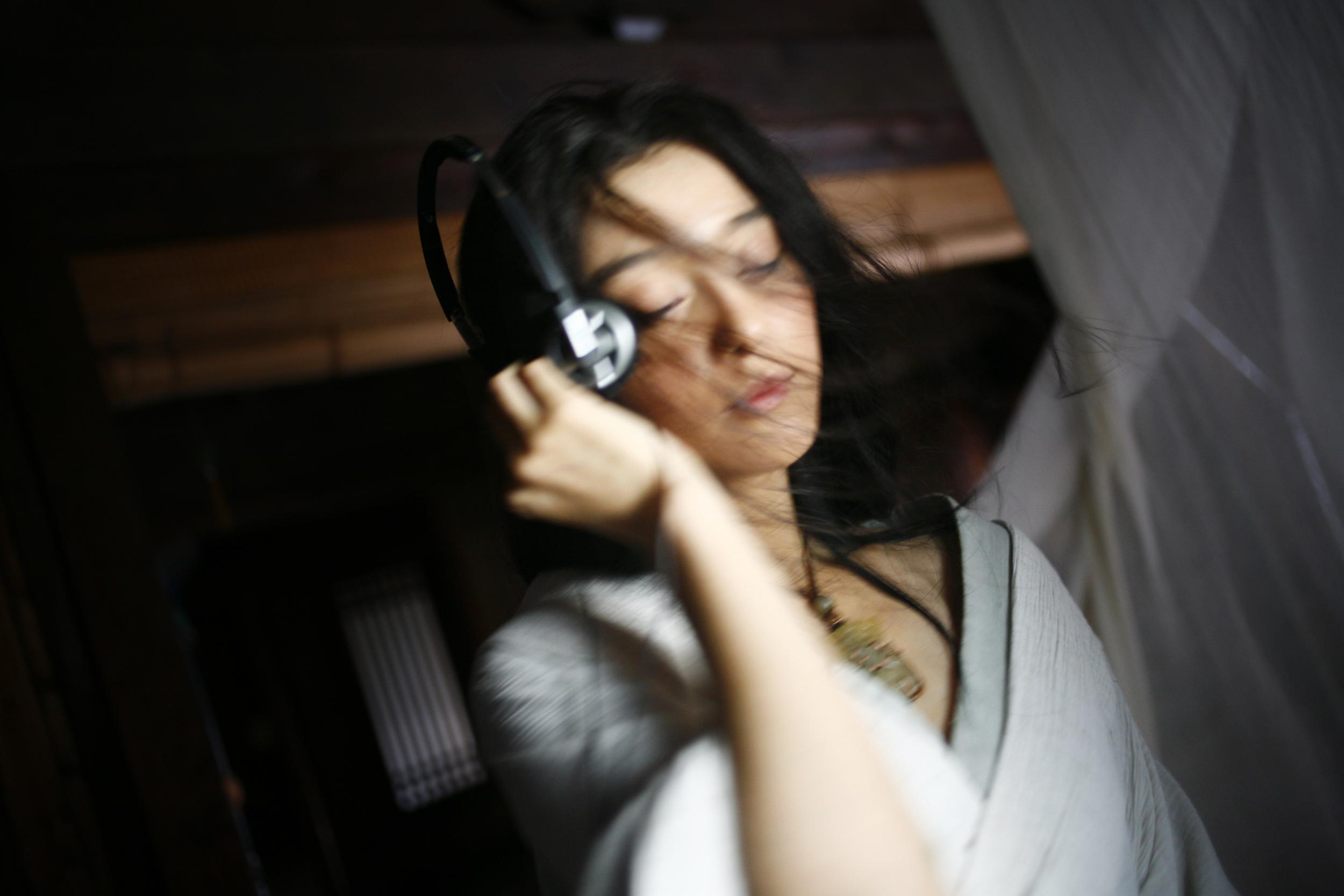 An actress during a shooting break.
