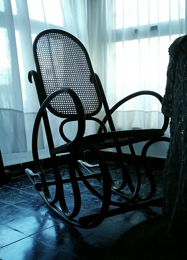 365 Day.050 granma's chair.jpg