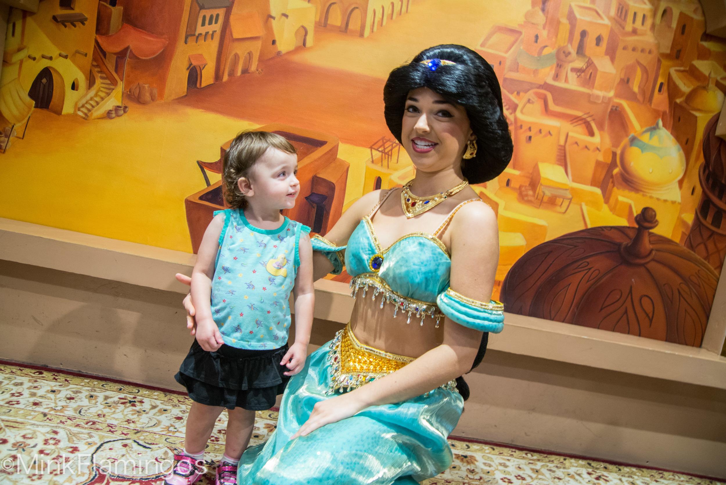 D's very impressed with Jasmine's sparkle